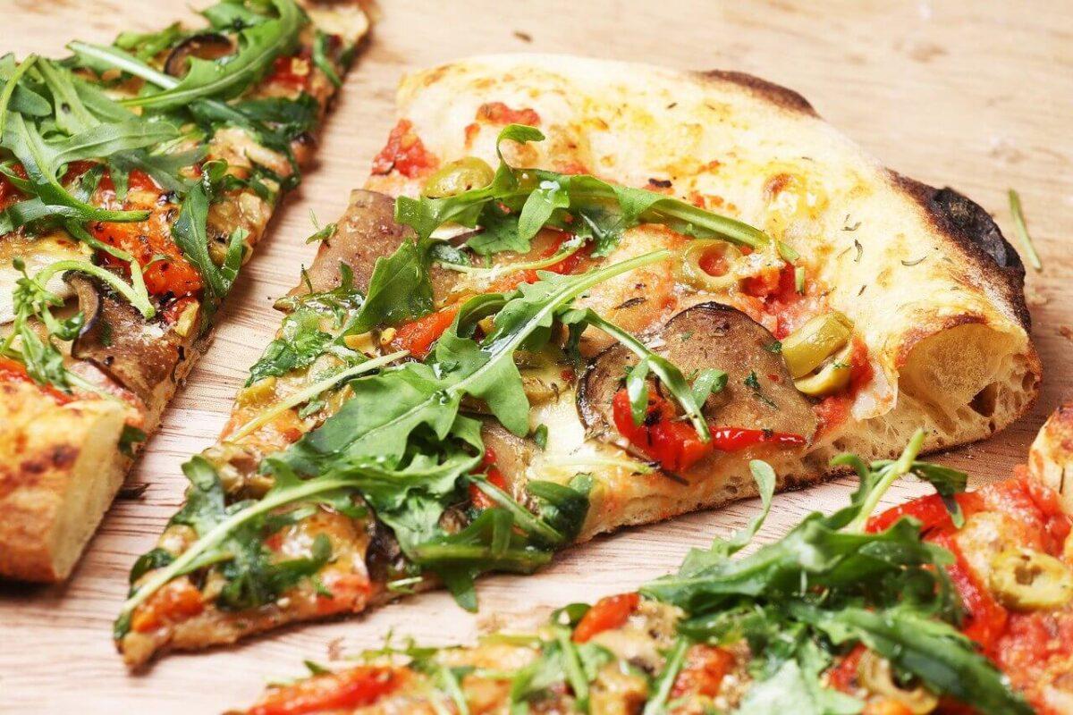 rekord w jedzeniu pizzy