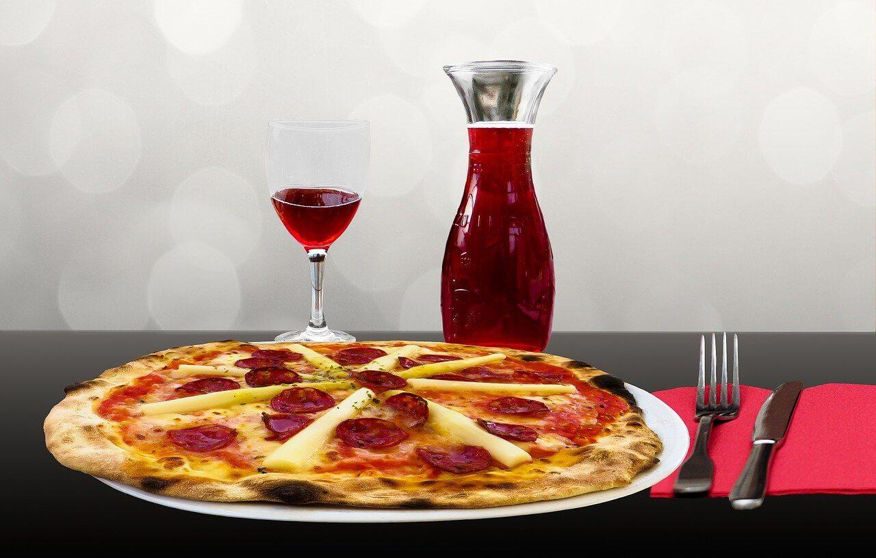 czerwone wino do pizzy